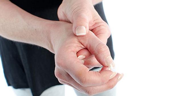 viên gân duỗi ngón tay cái